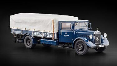 Модель автомобиля MERCEDES TRUCK RACING TRANSPORTER LO 2750 1934-38 BLUE